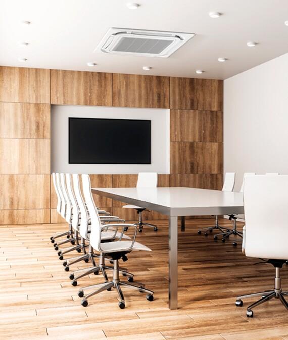 climatizzatore commerciale R32 in sala riunioni