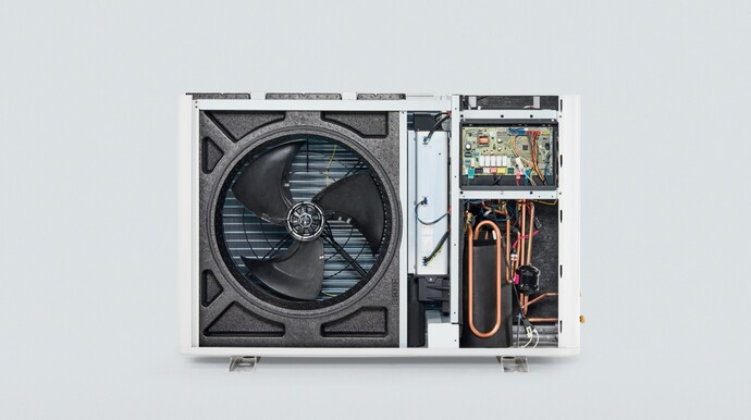 https://www.vaillant.it/images/professionisti/pompe-di-calore-landing-page/arothermsplitcomponentiinterni-1235871-format-flex-height@690@desktop.jpg