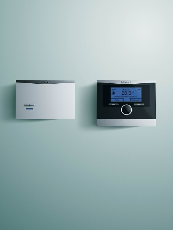 //www.vaillant.it/media-master/global-media/vaillant/product-pictures/emotion/control12-1482-01-40601-format-3-4@570@desktop.jpg